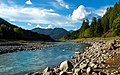 Santiam River (15366888525).jpg