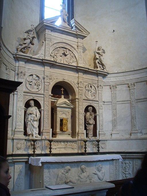Cappella Corbinelli, Altare del Sacramento di Andrea Sansovino, 1490 circa