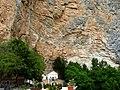 Santuario sovrastato dal Monte Autore - panoramio.jpg