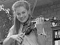 Saskia en Quirine Viersen (1988) (cropped) - Saskia Viersen.jpg
