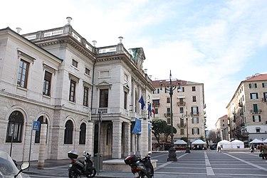 Savona Piazza Sisto IV 2.jpg