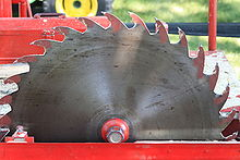 Circular saw - Wikipedia, the free encyclopedia