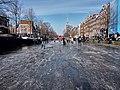 Schaatsen op de Prinsengracht in Amsterdam foto 7.jpg