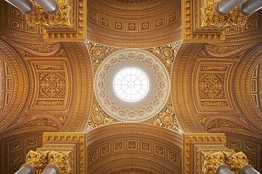 La partie centrale du plafond de la Galerie des Batailles au Château de Versailles pris par -donald-. Photo sous CC-BY-SA 3.0