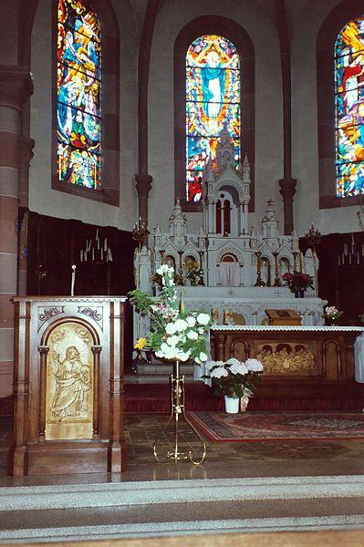 Schwerdorff, village church, the altar
