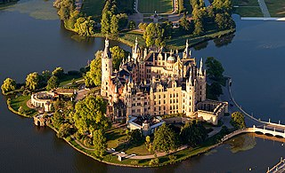 palatial schloss located in the city of Schwerin