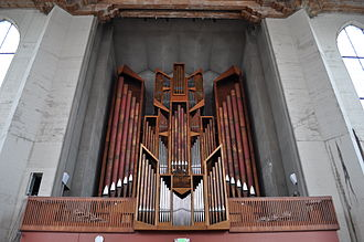 St. Mark's Episcopal Cathedral, Seattle - The Flentrop organ in the choir loft, at the rear of the nave