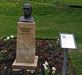 Sebastian Kneipp Denkmal Bad Schwalbach.jpg