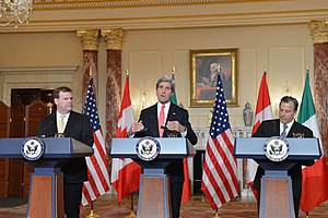 José Antonio Meade Kuribreña - Meade (right) with John Kerry and John Baird