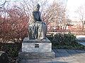 Selma Lagerlof statue Sunne.jpg