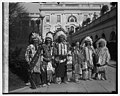 Sioux Indian group, 3-7-29 LCCN2016843416.jpg