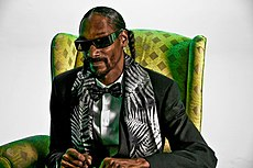 Snoop Dogg by Bob Bekian 2.jpg