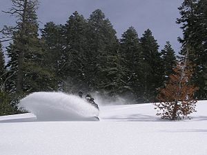 Snowboarding-powder