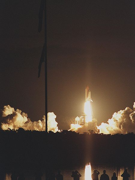 File:Space Shuttle Atlantis lifts off for STS-101.jpg