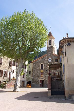 Saint-Martin-du-Var - The church and the square