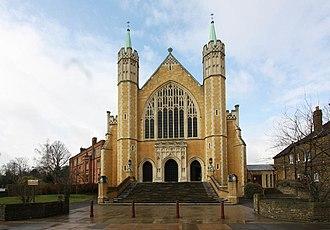 Ealing Abbey - Image: St Benedict's Ealing Abbey, Charlbury Grove, London W5 geograph.org.uk 1750464