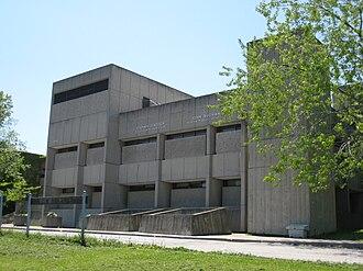 John Andrews (architect) - Image: Stephen Leacock Collegiate Institute