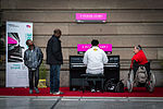 Strasbourg piano en gare avril 2013.jpg