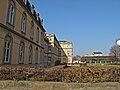 Stuttgart Neues Schloss mit Landtag im Hintergrund.jpg