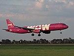 TF-GMA WOW air Airbus A321-211(WL) landing at Schiphol (EHAM-AMS) runway 18R pic3.JPG