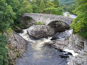 Invermoriston - The Telford bridge at Invermoriston.