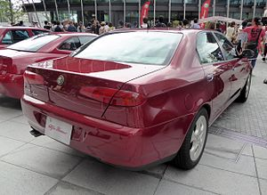 The rearview of Alfa Romeo 166 super 2.0 v6.JPG