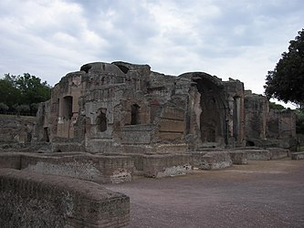 Thermae of Villa Adriana.jpg