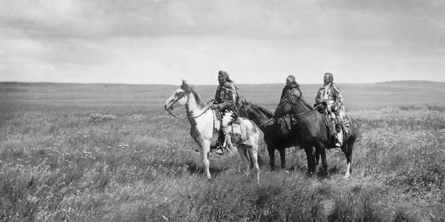 Three chiefs Piegan p.39 horizontal.png