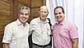 Tião Viana recebe renomado fotógrafo Sebastião Salgado (25868636821).jpg