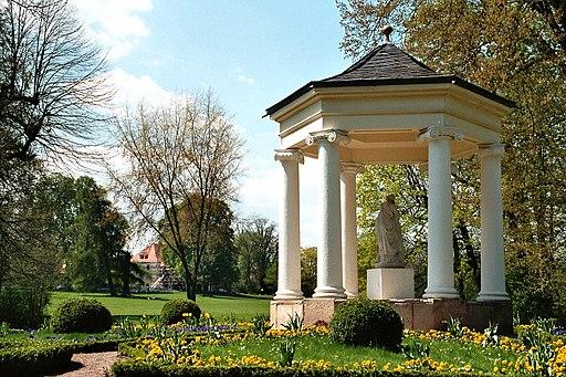 Tiefurt, der Tempel im Schlosspark