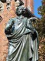 Toruń, Rynek Staromiejski (pomnik Kopernika) (6) (OLA Z.).JPG