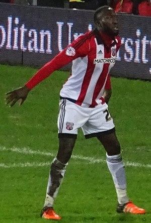 Toumani Diagouraga - Diagouraga playing for Brentford in 2015