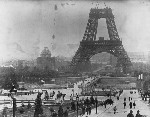 Tour Eiffel, July 1888