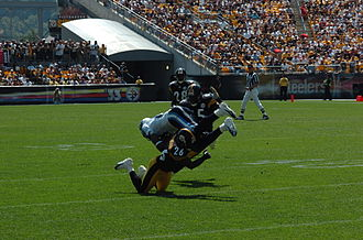 Deshea Townsend - Image: Townsend tackle 2005