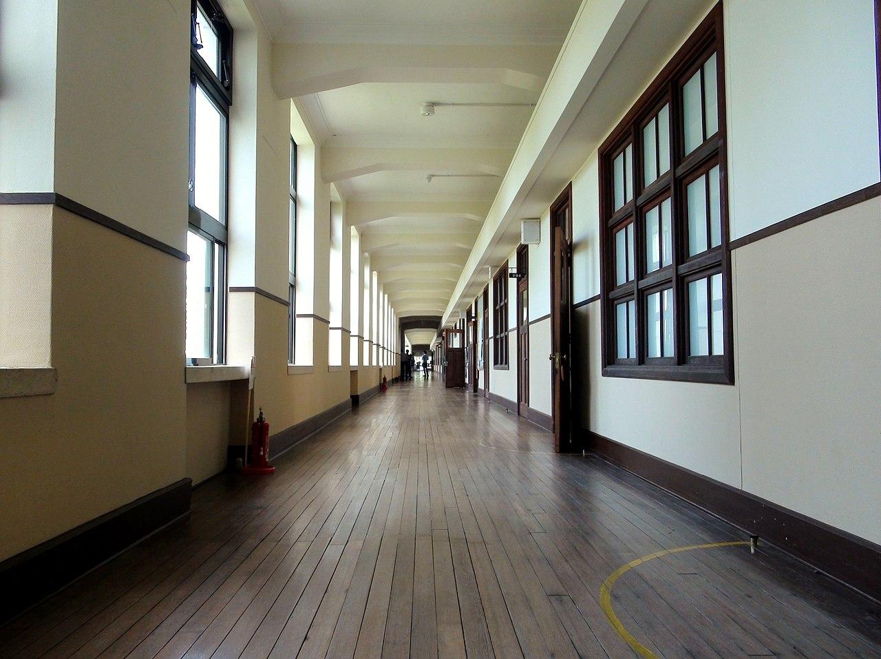 Apartment building hallway design joy studio design for Apartment design wikipedia