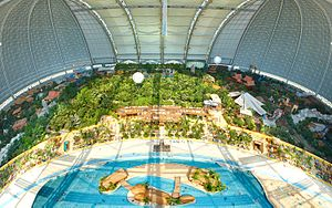 Indoor water park - Image: Tropical Islands Innenansicht