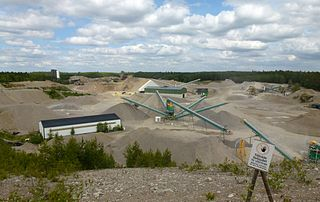 Gravel pit open-pit mine for the extraction of gravel