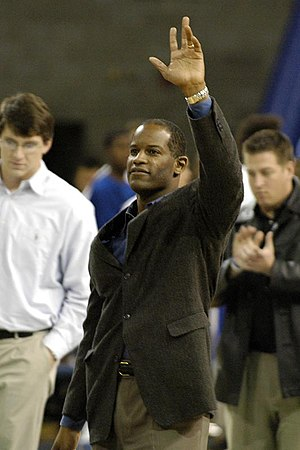 2009 International Bowl - Buffalo Bulls head coach Turner Gill