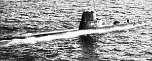 USS Charr (SS-328) underway 1964