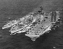USS Mispillion (AO-105) refuels USS Bennington (CVS-20) and USS Alfred A. Cunningham (DD-752) on 20 August 1963 (NH 97580).jpg