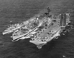 USS Mispillion (AO-105) refuels USS Bennington (CVS-20) and USS Alfred A. Cunningham (DD-752) on 20 August 1963 (NH 97580).jpg