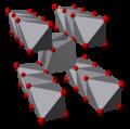 Vanadium(IV)-oxide-3D-polyhedra.png