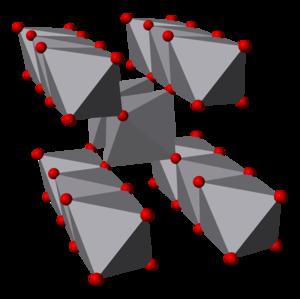 Vanadium(IV) oxide - Image: Vanadium(IV) oxide 3D polyhedra
