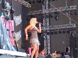 Velvet (singer) - Velvet on tour in 2005