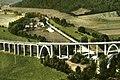 Viaduc de waville reconstruit dans les années 1960 après le dynamitage de 1944.jpg