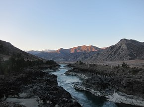 View on Katun River from Oroktoy Bridge in the morning.jpg