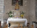 Villamblard église autel (2).JPG