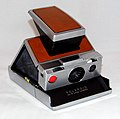 Vintage Polaroid SX-70 Single Lens Reflex Land Camera, Made In USA, Introduced In 1972 (35531314220).jpg