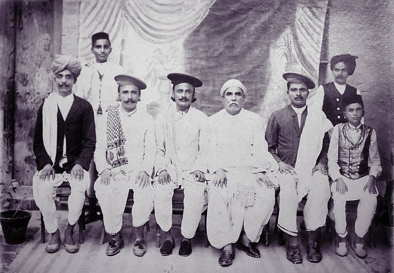 File:Vintage group photo of Indian Sindh people.JPG