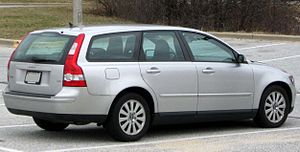 Volvo V50 - 2004–2007 Volvo V50 2.4i (US)